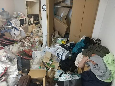 ゴミ屋敷片付け前2