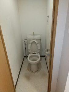 ゴミ屋敷トイレ清掃作業後