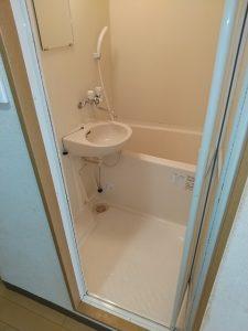 ゴミ屋敷浴室清掃作業後
